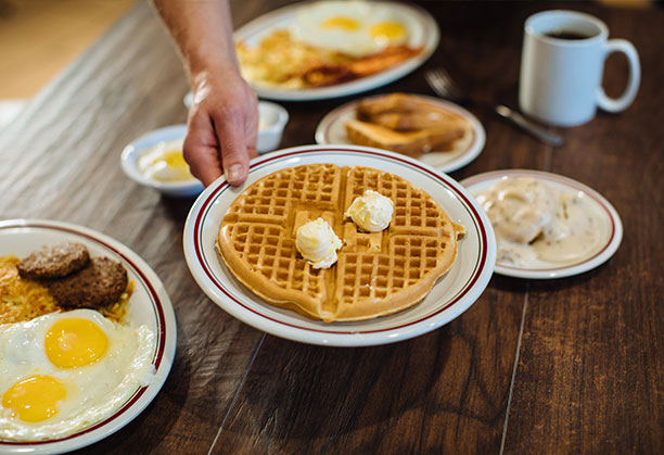 Huddle House breakfast franchisee