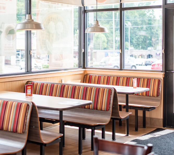 Four Reasons Why You Need a Huddle House Franchise in Your Community