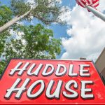 Huddle House signage