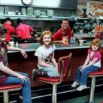 Huddle House Children customers